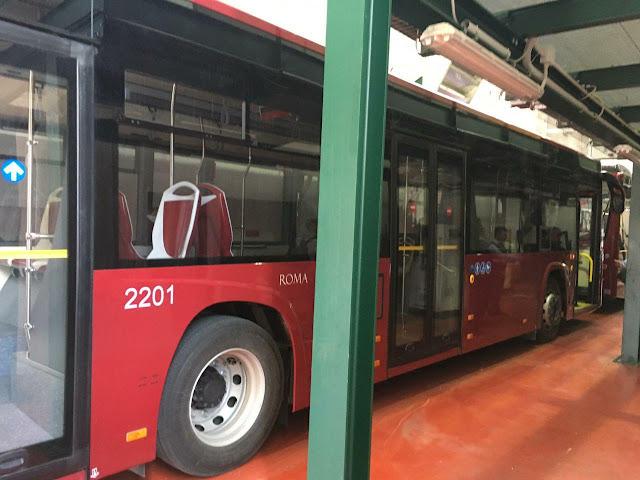 La situazione degli autobus in arrivo nella Capitale