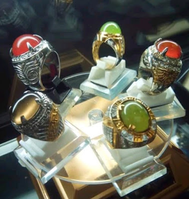 Batu Akik Padang,toko batu cincin di padang,beli batu akik murah di padang,sungai dareh,lumuik suliki,cimpago biru,limau manih dan lain-lain