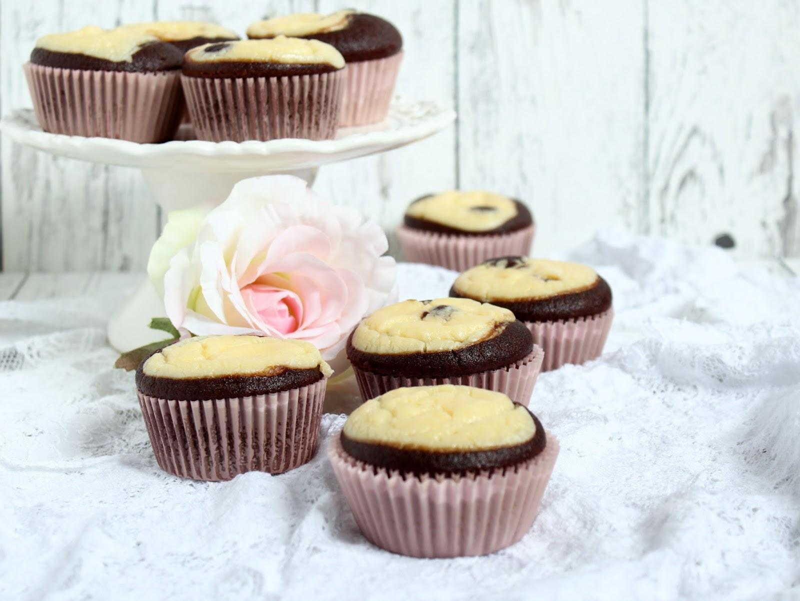 Double Chocolate Cheesecake Muffins A La Starbucks