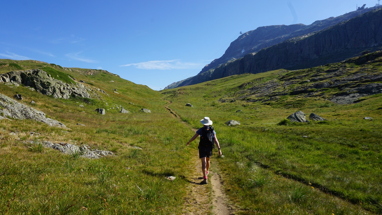 Following GR549 trail from Alpe d'Huez