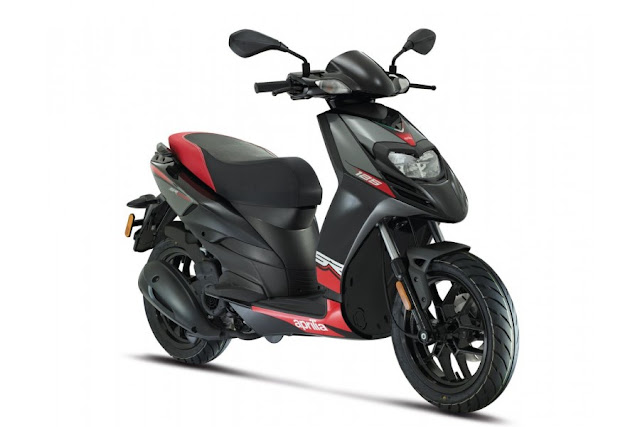 New Aprilia SR 125 Blue HD Picture
