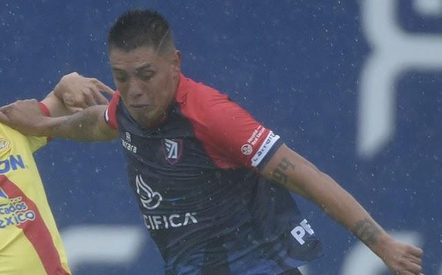 'Loco' Guzmán se quedó sin el Tepa por irse de fiesta