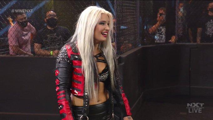 "Toni Storm sofre ""Heel-Turn"" e ataca Ember Moon no WWE NXT"