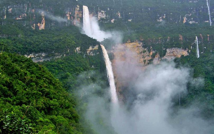 اجمل الشلالات في البيرو