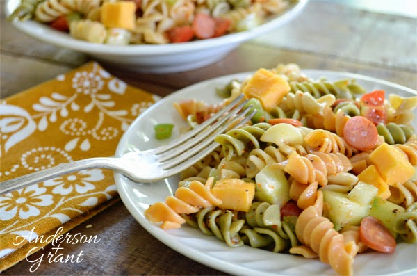 Supreme Pasta Salad from www.andersonandgrant.com
