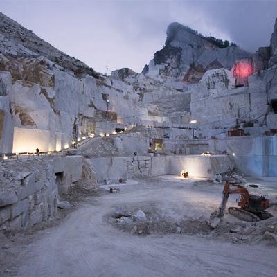 Las Canteras de Marmol de Carrara en Italia