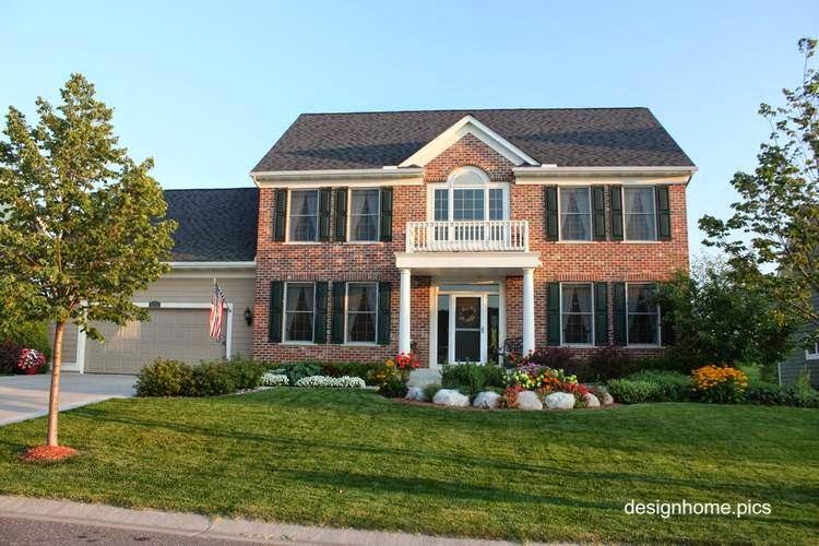 Residencia contemporánea americana de suburbio en Estados Unidos