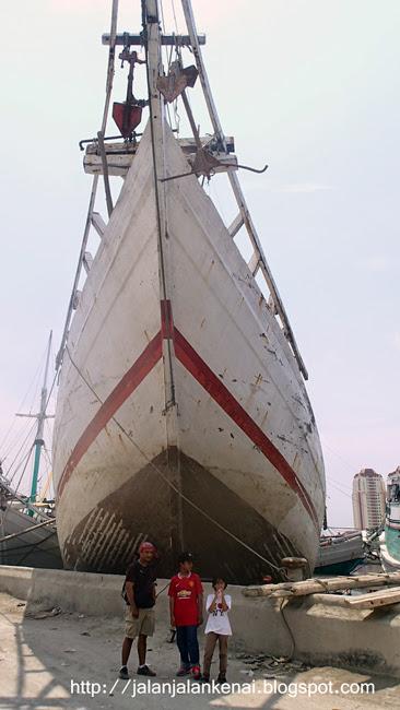 Foto Prewedding Di Pelabuhan Sunda Kelapa Ide Foto Prewed