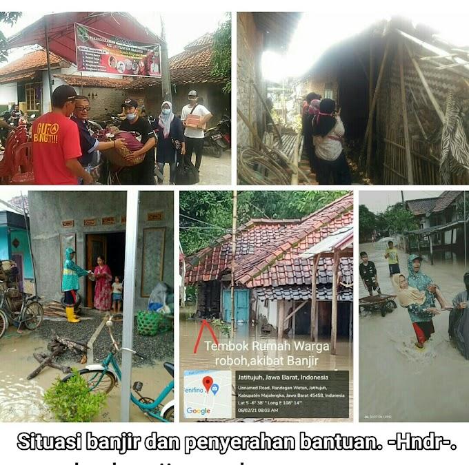 Laskar berbagi kasih Serahkan Bantuan, Posko Siaga Bencana Desa Randegan Wetan Selalu Sigap