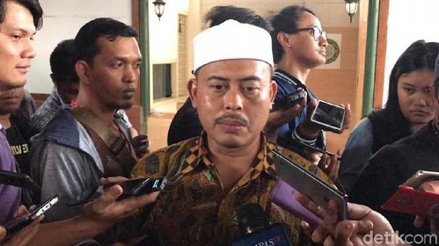 FPI: Yang Anggap Haddad Alwi Tunjukkan Simbol Syiah Masyarakat Sukabumi