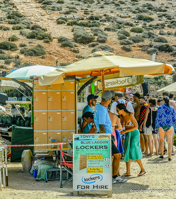 Lockers na Lagoa Azul de Malta