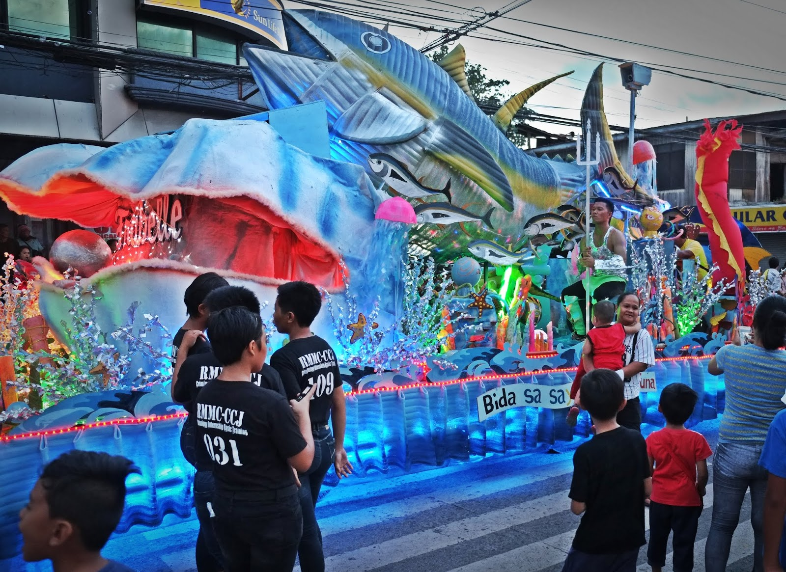 Tuna Float Parade