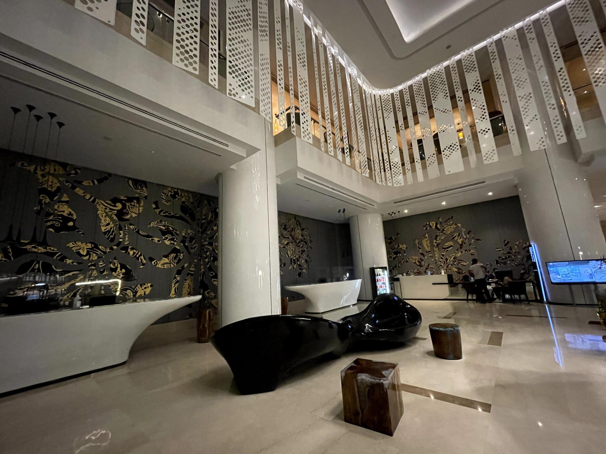 REVIEW PENGINAPAN DI PULLMAN KUALA LUMPUR CITY CENTRE HOTEL & RESIDENCES (PULLMAN KLCC) PADA BULAN RAMADAN