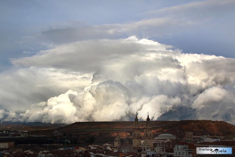 Cumulonimbos,tormentas,josecalvo,meteosojuela
