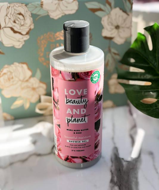 Гель для душа Love Beauty & Planet Bountiful Moisture Muru muru butter & rose
