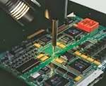 reparación de agujero pasante puente de cobre en placa electrónica
