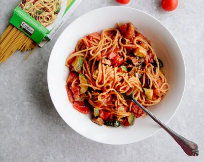ONE-POT RATATOUILLE SPAGHETTI
