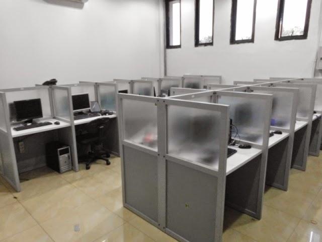 Furniture Interior Semarang - Ruang Staff - Meja Sekat - Custom Furniture Kantor Semarang