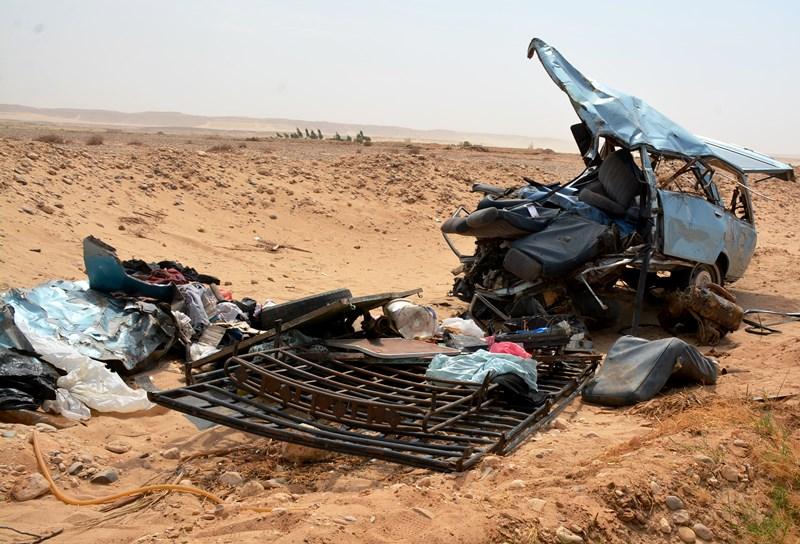 حادث مروع بطريق مطار كوامل الموت