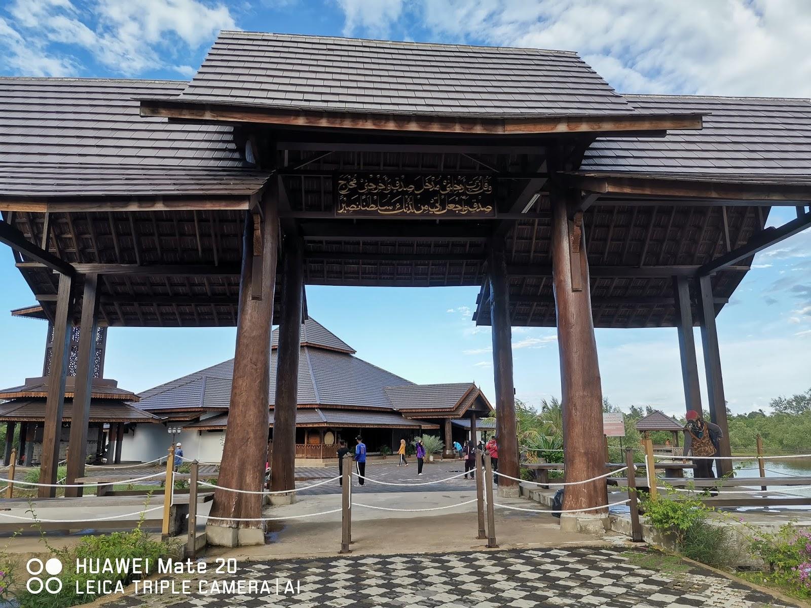 Kembara Minda 7 Keunikan Masjid Ar Rahman Pulau Gajah Sabak