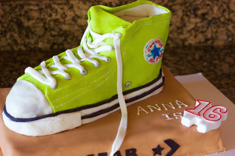 Blessings From My Kitchen: Converse shoe cake