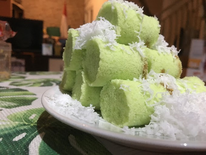 Kue Putu Makin Langka di Jakarta