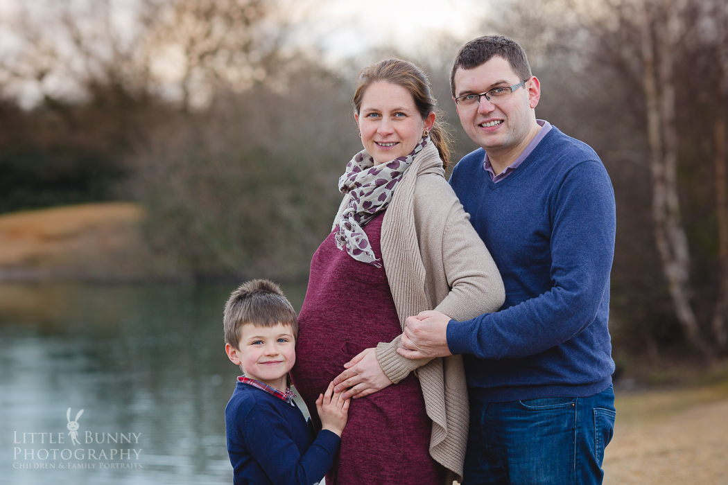 maternity photo shoot in Woodford
