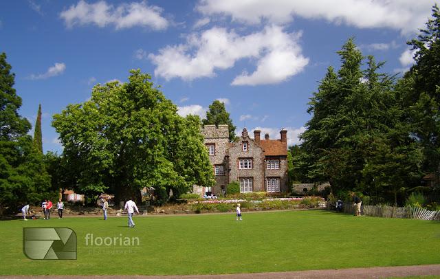 Westgate Gardens, które stanowią jedną z najstarszych publicznych przestrzeni zielonych w Anglii.