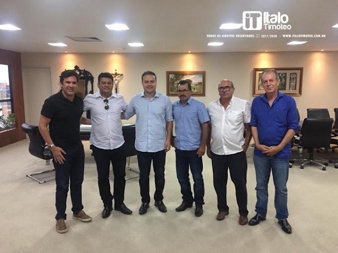 Encontro com Isnaldo Bulhões e Renan Filho foi articulado por Valmir de Zé de Moça