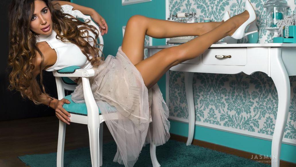 ChristineDevon Model GlamourCams