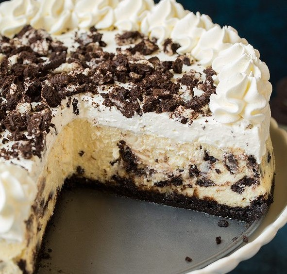 Cookies 'N Cream Cheesecake #desserts #cake