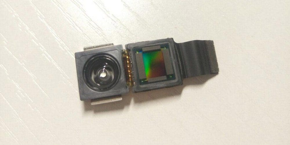 A photo posted on a website is believed to be a 3D camera component of Apples upcoming iPhone 8.