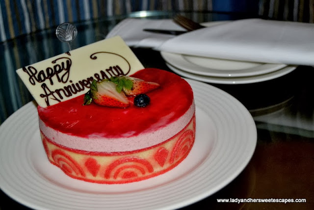 Anniversary cake from Fujairah Rotana Resort and Spa