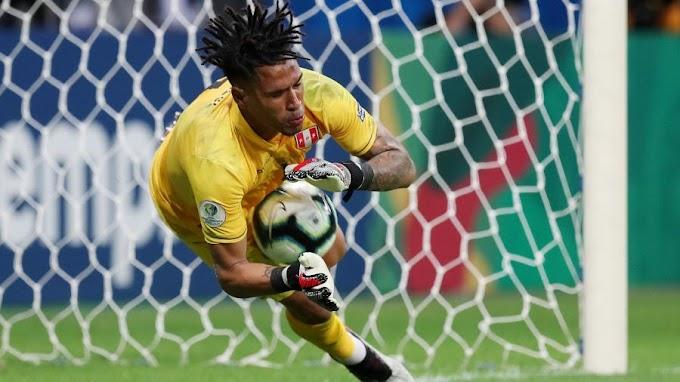Suárez erra, Peru vence Uruguai nos pênaltis e pega o Chile na semifinal