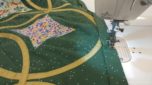 Moonrise quilt by Slice of Pi Quilts