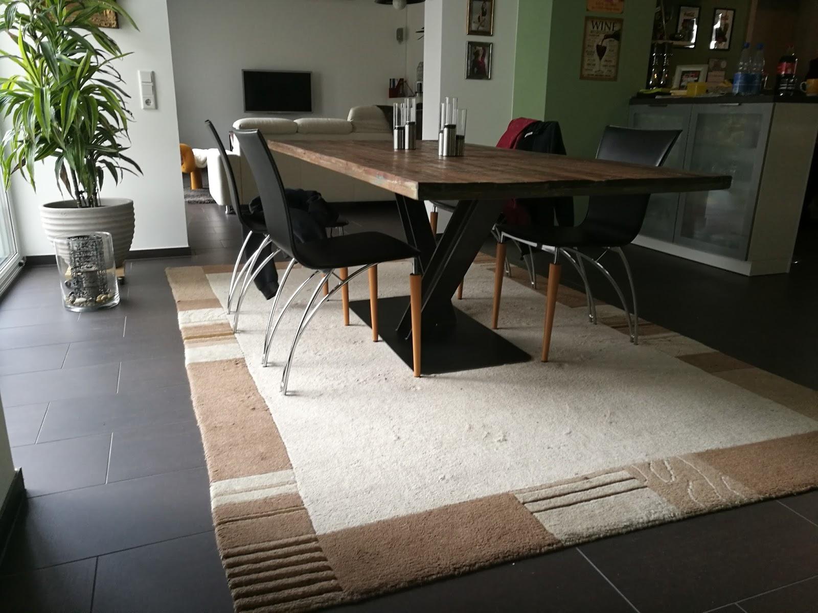 kurzschlussblog tischfu selbst gebaut. Black Bedroom Furniture Sets. Home Design Ideas
