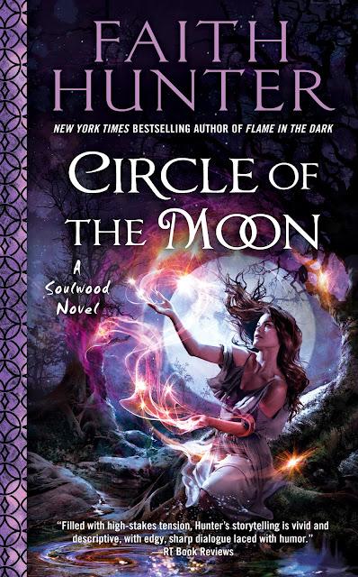 Circle of the Moon by Faith Hunter