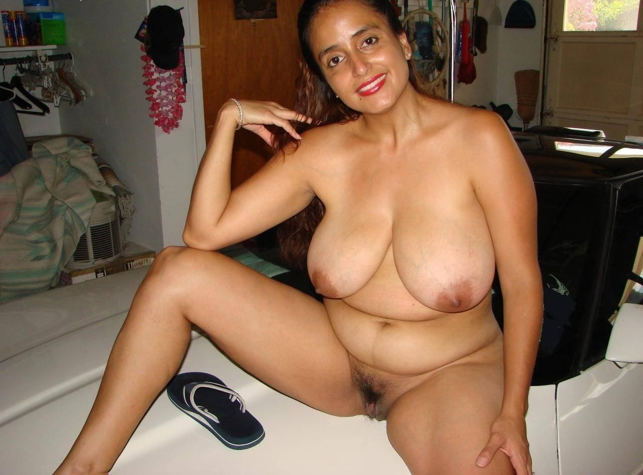 Large natural breasts milf