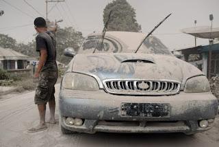 Tips Membersihkan Bodi Kendaraan setelah Terkena Debu Letusan Merapi