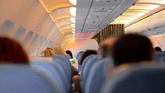 passageira indenizada passar calor 40 voo