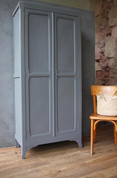 2eme porte a gauche l 39 armoire parisienne for Armoire penderie chez but