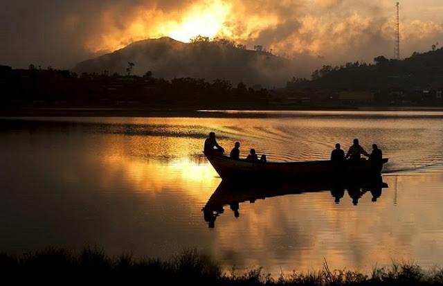 Telaga Cebong, Ranukumbolo-nya Dieng, Harga Tiket Masuk - Sejarah - Camping di Telaga Cebong