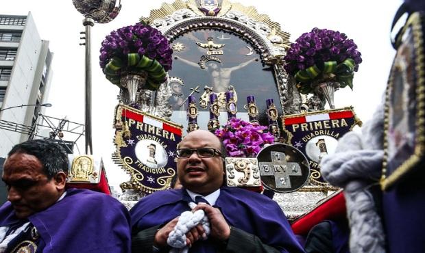Señor de los Milagros: fieles peruanos en Nueva York le rendirán homenaje