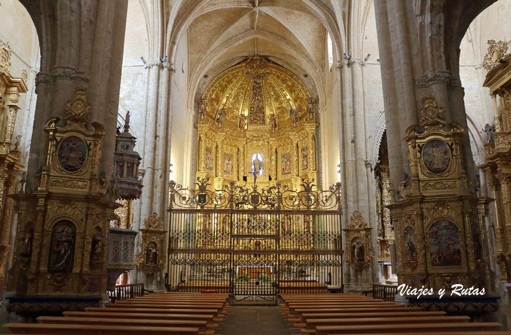 Interior de San Hipólito el Real de Támara de Campos