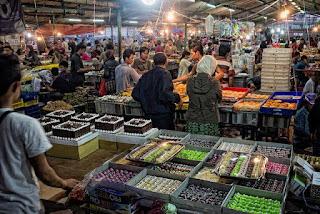 Mendulang Rupiah Dari Murahnya Harga Kue Pasar Subuh Senen
