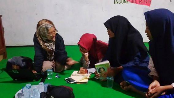 Diskusi Bareng Prita Hendiriana Wijayanti di Rumah Pelangi Bekasi