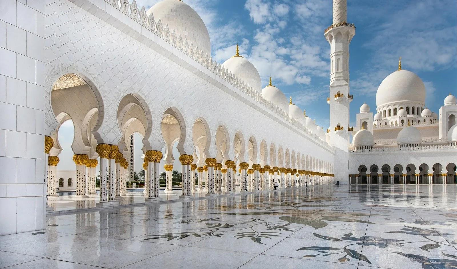 مسجد مميز من الذهب خلفيات اسلامية روعة