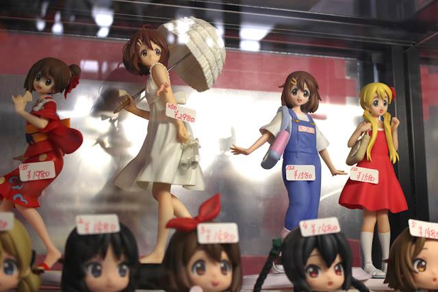 figurines de K-ON!  à Akihabara
