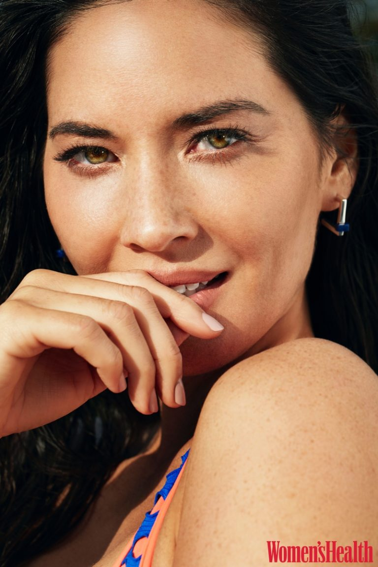 Actress Olivia Munn gets her closeup in Agent Provocateur bikini and Kimsu earrings