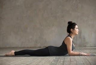 7 Pose Yoga Ini Efektif untuk Menghilangkan Pegal Saat Menyusui